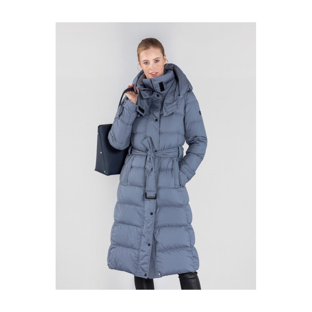 Niebieska  zimowa  kurtka  damska  z  kapturem