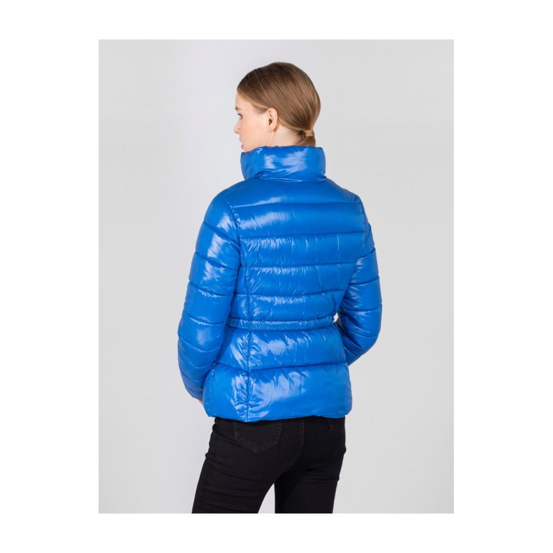 Niebieska  kurtka  damska  z  puchem